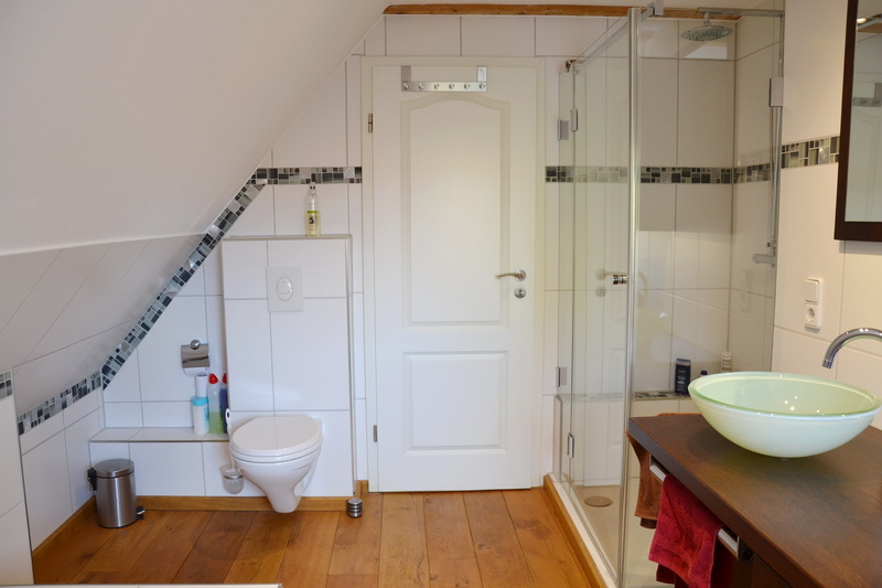 Dusch-Wannenbad Obergeschoss