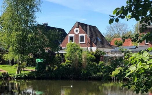 ***Historisches Stadthaus mit Blick auf den Schlossteich
